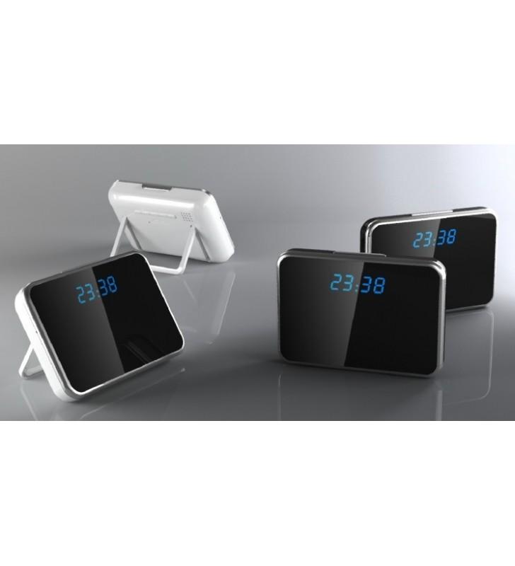 Microcamera occultata in sveglia digitale a specchio